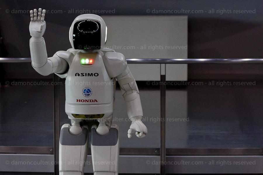 dc asimo robot-201306282140
